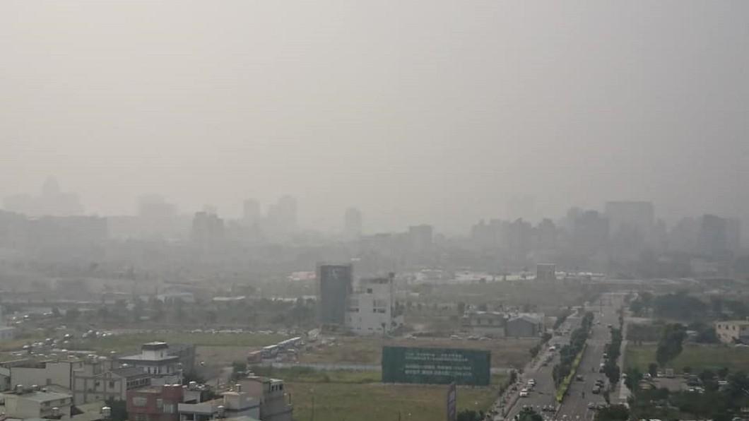台中市空氣污染嚴重。FB爆料公社