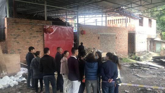公安等多個部門立即到場,發現該屠宰場沒有審批和許可證件。