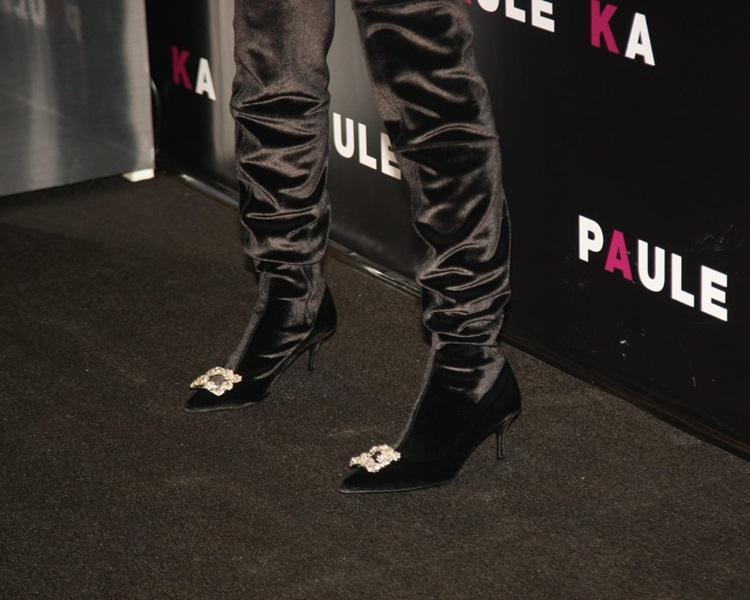 Galie有B仍穿著2吋半高跟鞋,她表示不傷到背脊就可以。