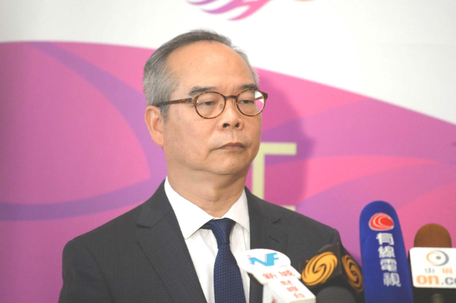 民政事務局局長劉江華