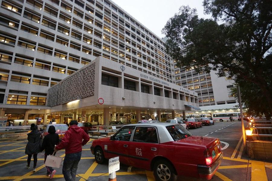 工人事後由救護車送往伊利沙伯醫院搶救,惜最終不治。資料圖片
