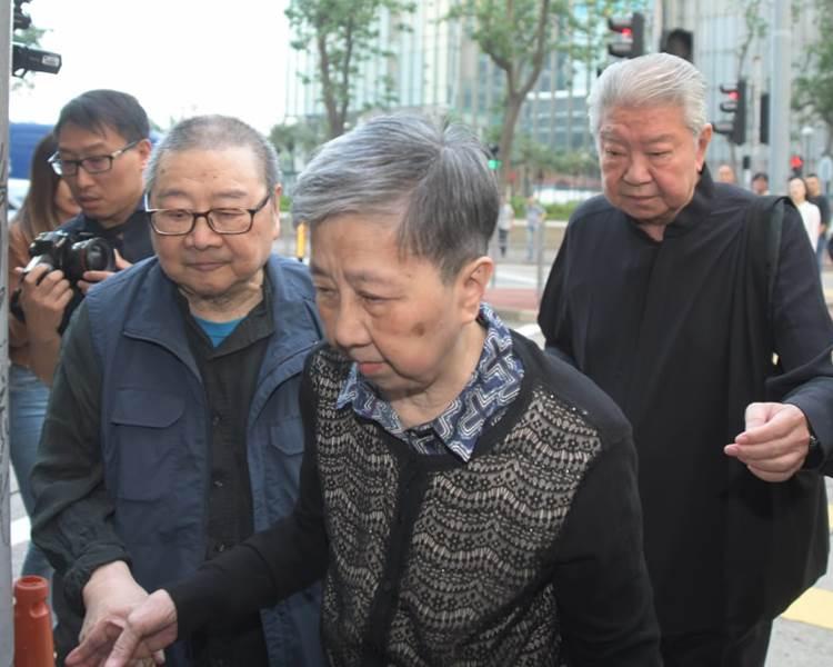 倪匡、蔡瀾送別摯友金庸。