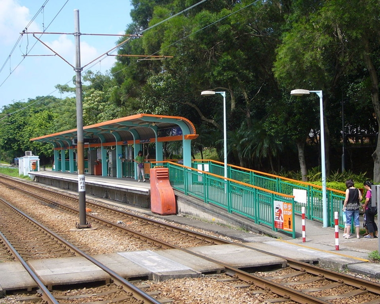 元朗的塘坊村站。LRT505圖片