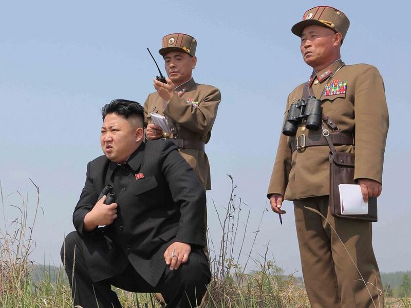 金正恩去年11月後,再次視察北韓武器試射。(網圖)