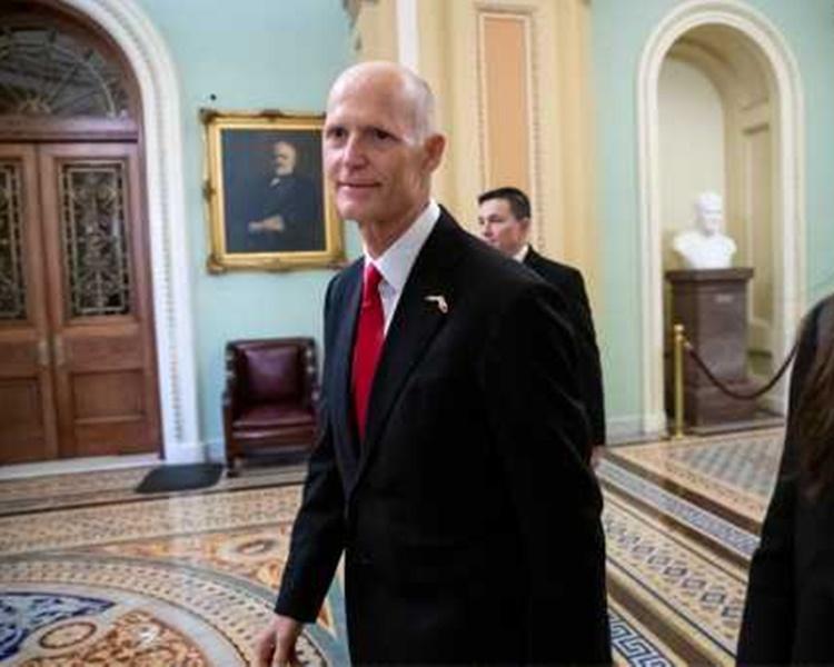史考特当选参议员。