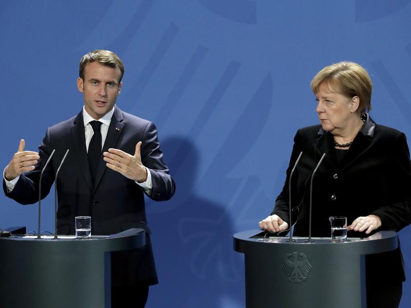 法国总统马克龙到访德国,与总理默克尔会面,两人表示要建立更团结的欧洲。