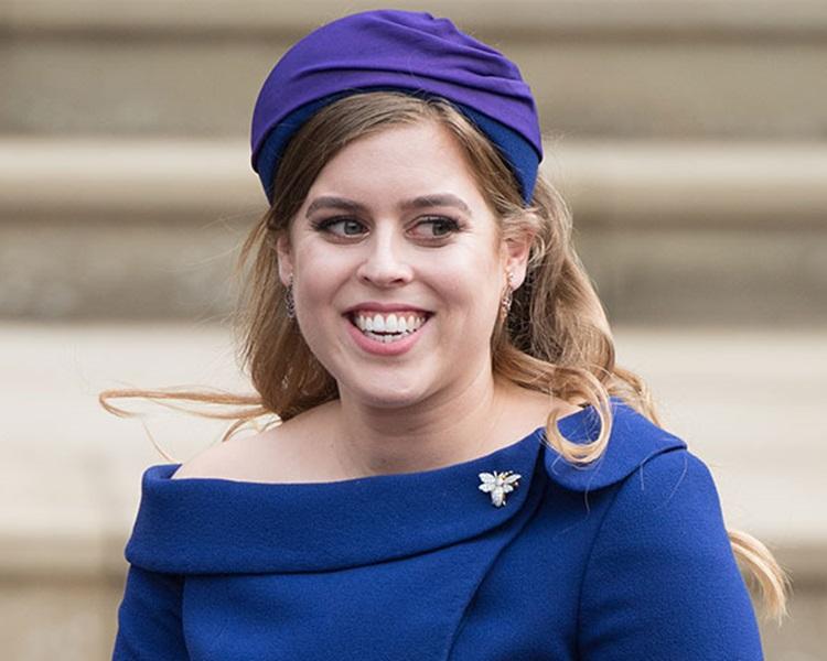 英国王室比阿特丽斯公主传与地产商订婚。网图