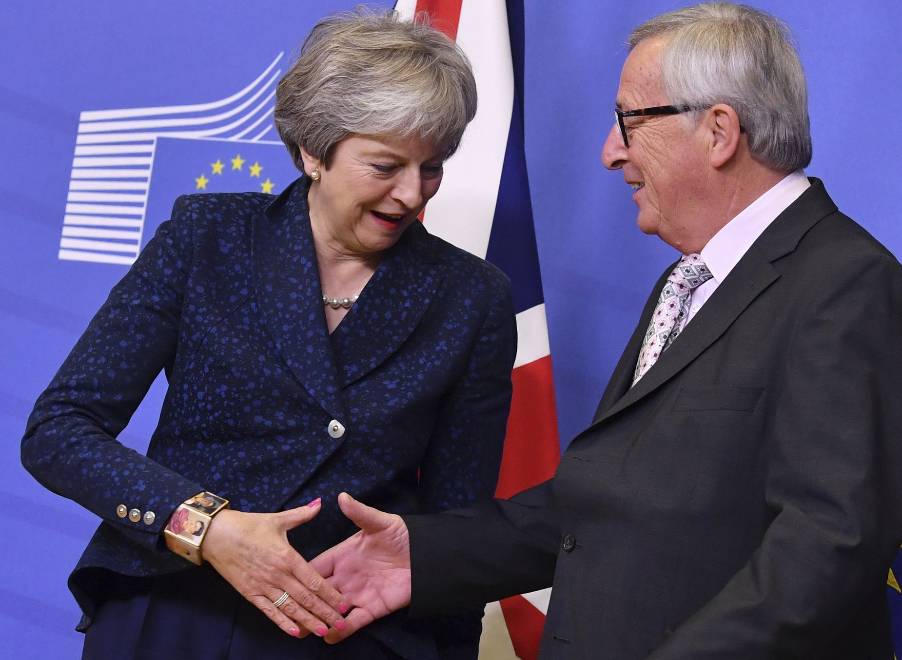 歐盟27國領袖已一致確認英國脫歐協議草案。AP