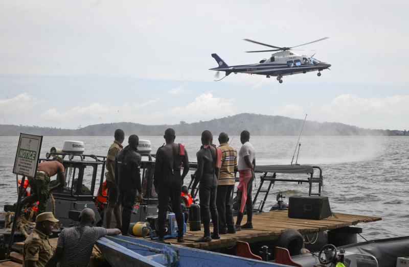 非洲烏干達有一艘嚴重超載的遊艇翻沉,最少31人死亡,仍有人失蹤,救援人員繼續搜救。AP