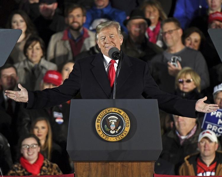 特朗普不相信氣候暖化導致美國蒙受經濟損失的警告。AP