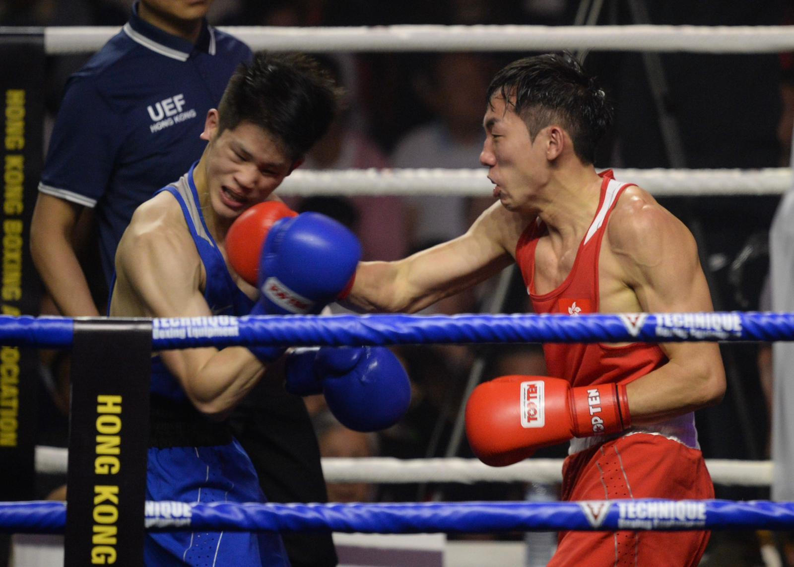曹星如(右)與中華台北業餘拳手合演表演賽,即迎來首場勝仗。蘇正謙攝