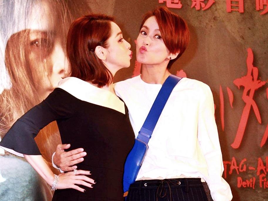 徐若瑄主演的電影首映禮,獲好友梁詠琪出席支持。