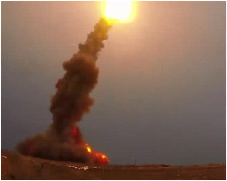 俄羅斯公開成功試射核反彈道導彈片段。