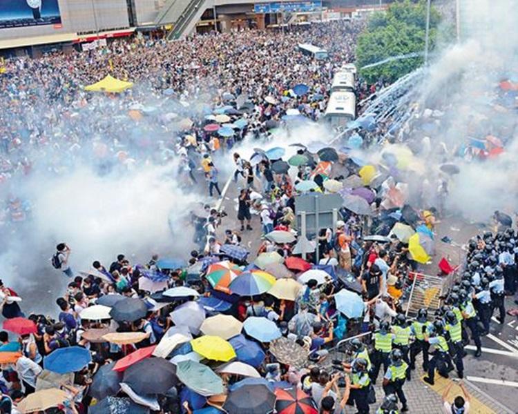 胡俊謙指警方施放催淚增佔領決心。資料圖片