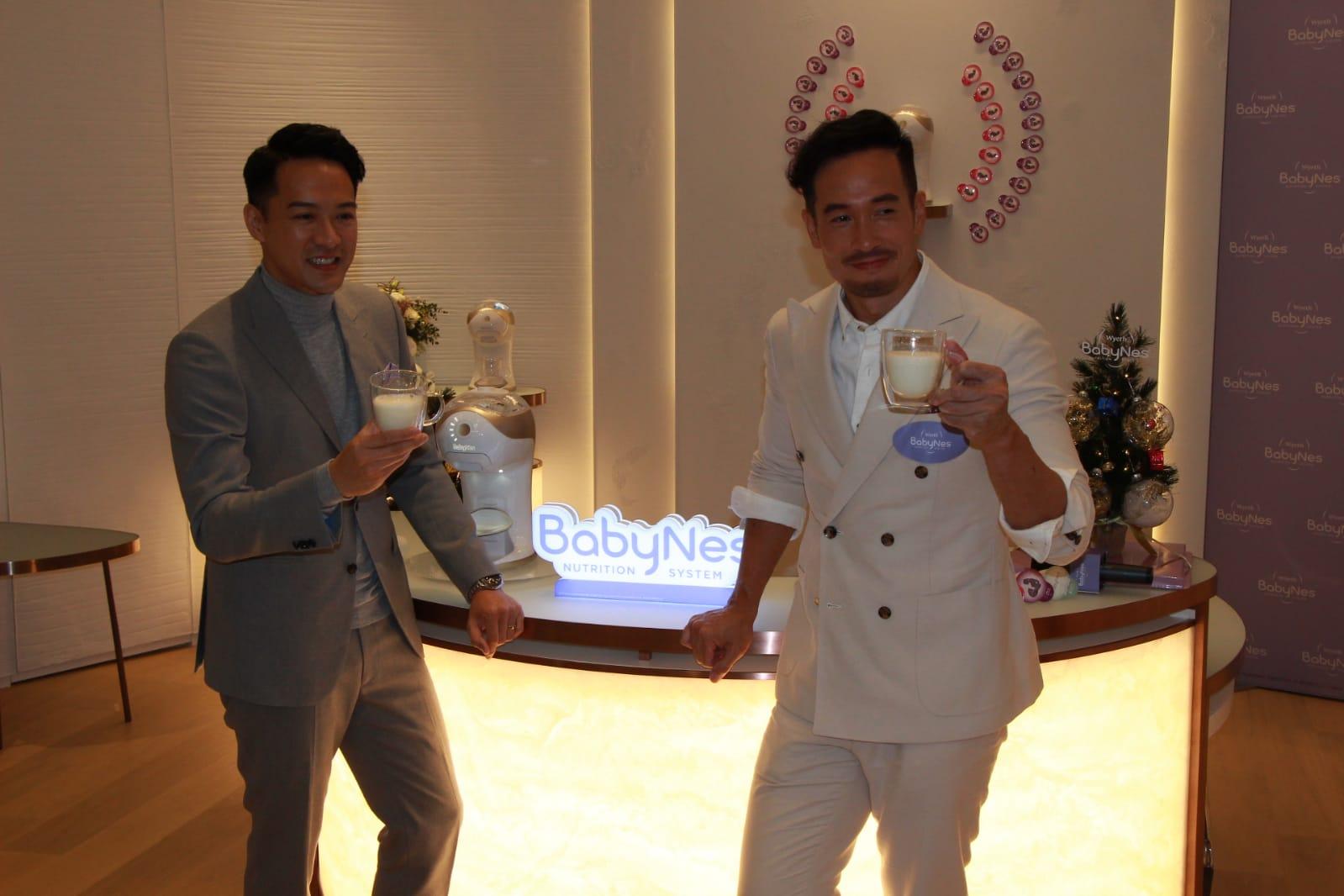 陳智燊(Jason)和陳豪出席嬰兒食品活動。