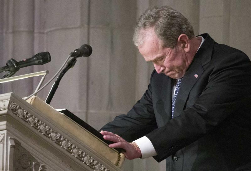 小布殊发表悼文与父亲道别。