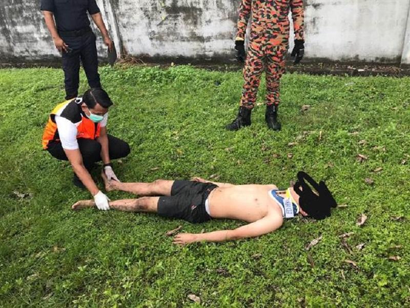 馬來西亞17歲少年跳「化糞池」失敗。網上圖片