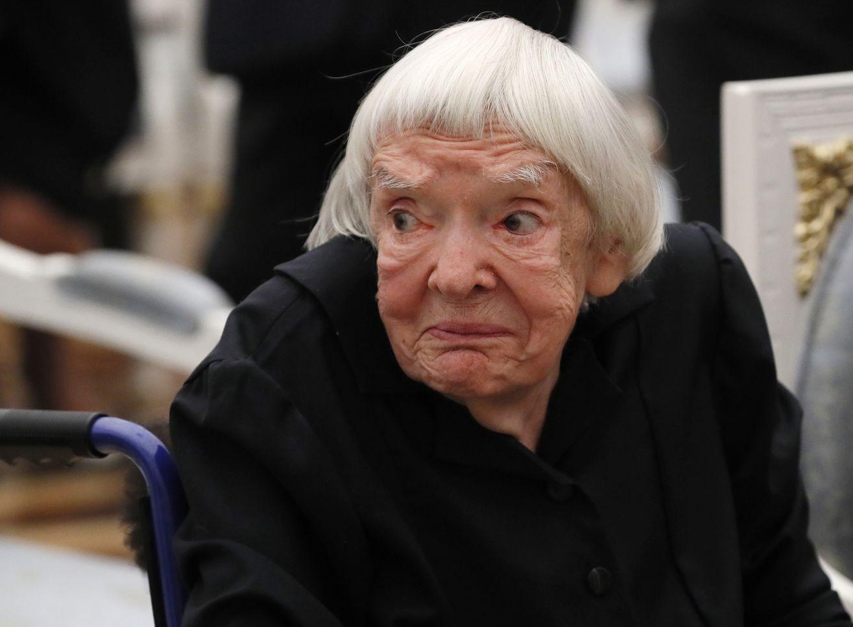 前苏联异见人士和人权斗士阿列克谢耶娃(Lyudmila Alexeyeva)昨日(8日)在莫斯科病逝,终年91岁。