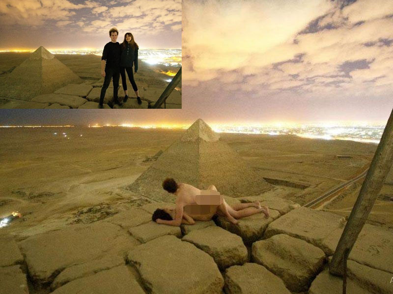 丹麥攝影師維德(Andreas Hvid)攜帶一名女子爬上埃及金字塔,在塔頂拍下裸照,引起議論紛紛。(網圖)