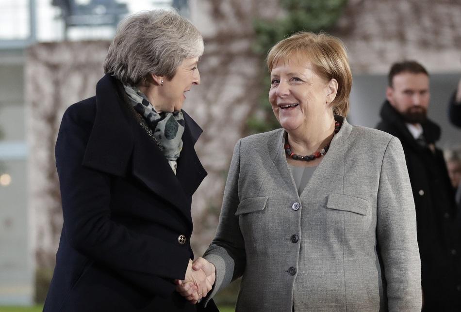 英国首相文翠珊与德国总理默克尔会面。