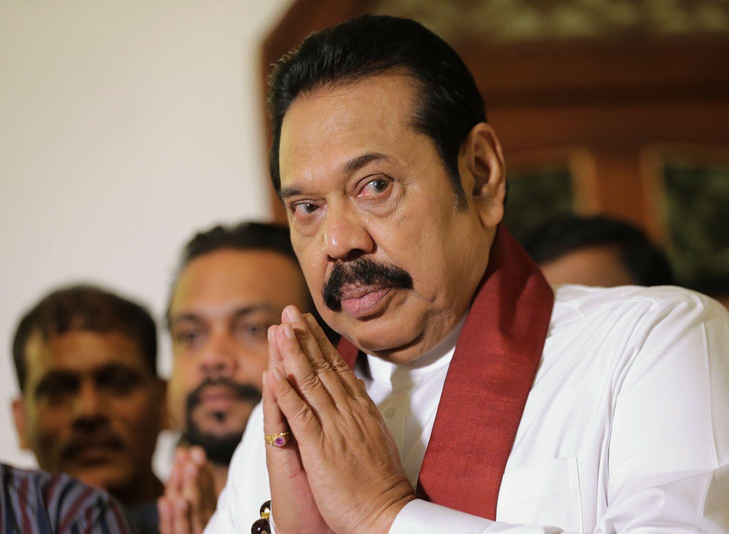拉贾帕克萨辞去斯里兰卡总理职务。