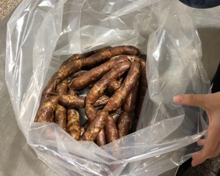 台湾为阻截猪瘟入侵,再度调高猪肉製品罚则。网图