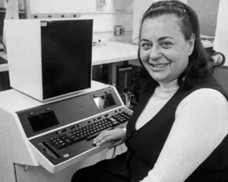 Copy and paste之母Evelyn Berezin病逝,享年93岁。computer history museum官网