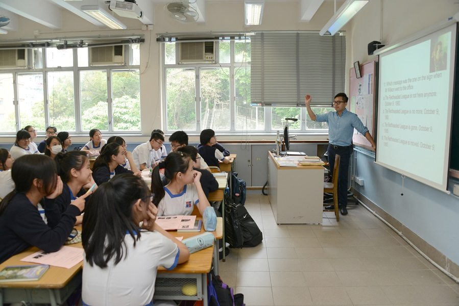 香港教師工作愈來愈繁重。資料圖片