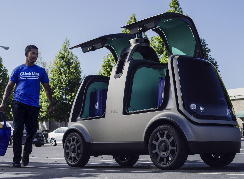 连锁超市Kroger Co和硅谷自动驾驶汽车新创企业Nuro合作,在亚利桑那州使用自驾车送货服务。AP
