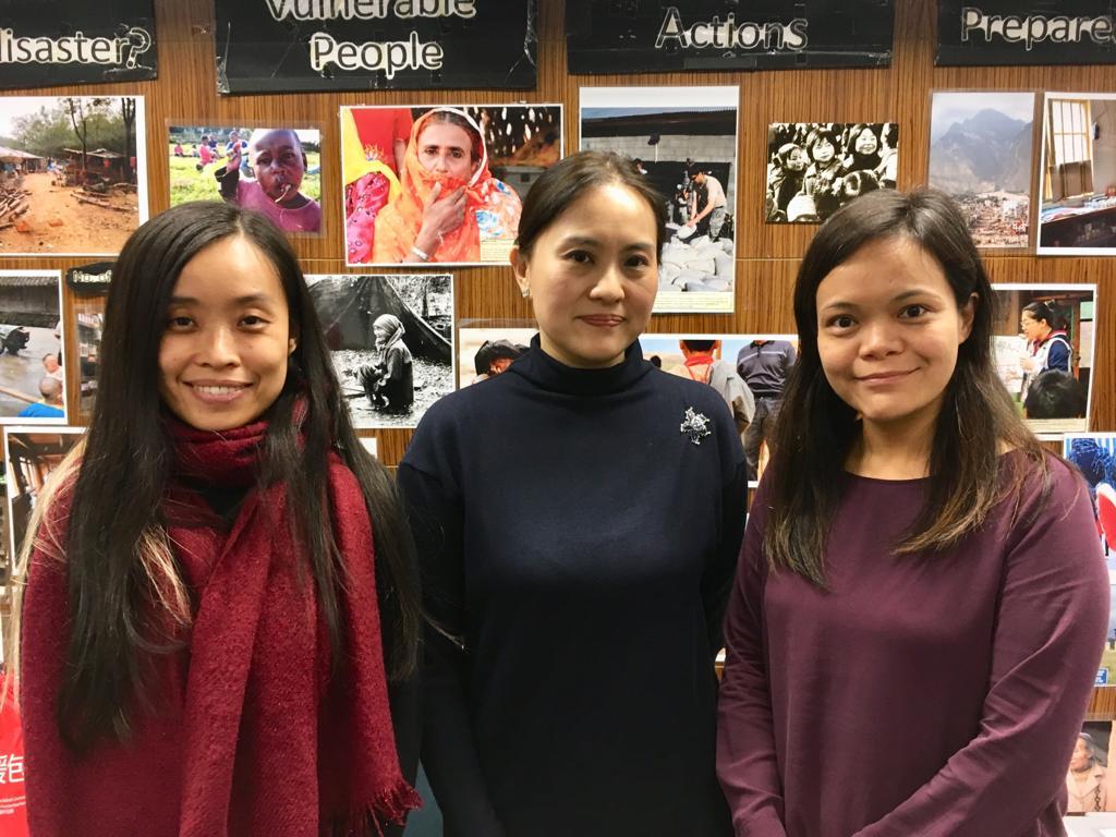 左起:研究所博士後研究員林靖宇、陳英凝、研究所副所長陳廣慧