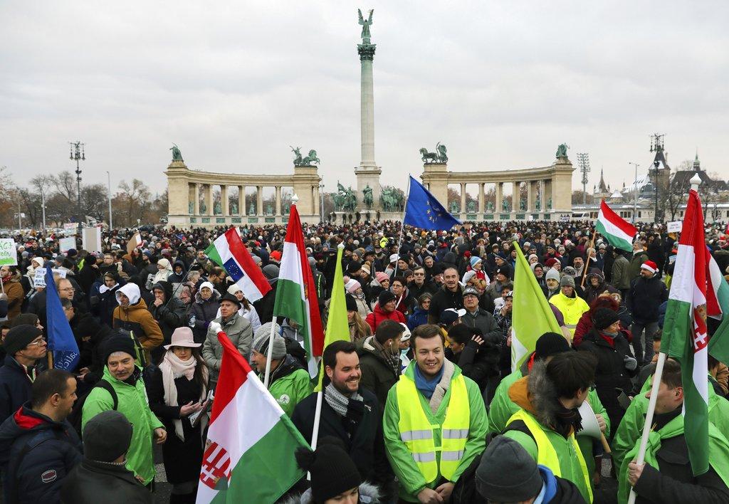 匈牙利连日爆发反政府示威。AP