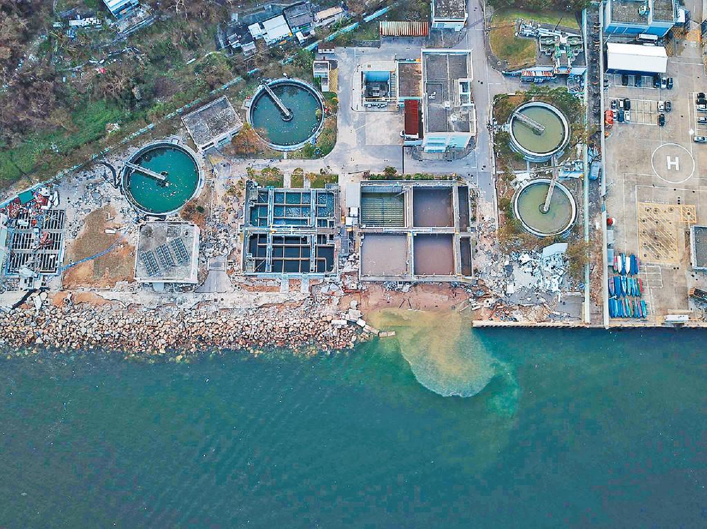 西貢污水處理廠一度受到破壞。資料圖片
