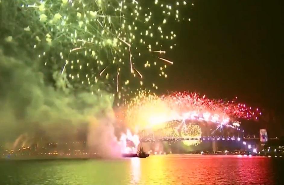 澳洲雪梨元旦烟花。网上图片