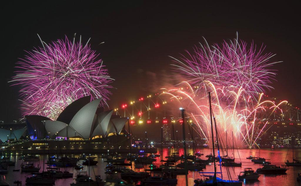 澳洲雪梨元旦烟花。AP图片