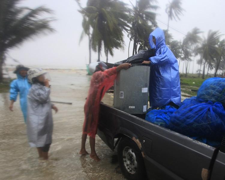 「帕布」在泰国洛坤府港湾区班巴帕南(Pak Phanang)登陆。