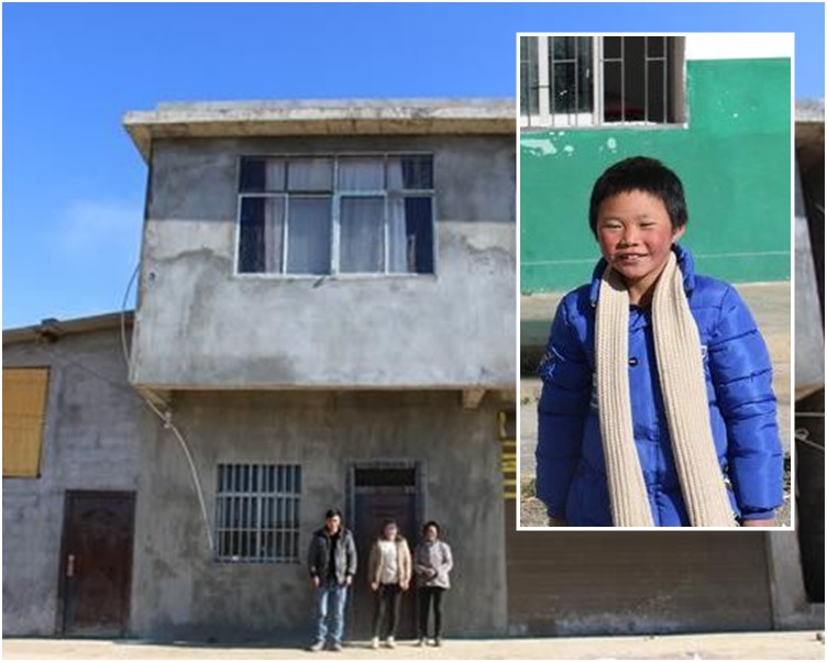 王褔满如今的与爸妈等家人已入住新居。