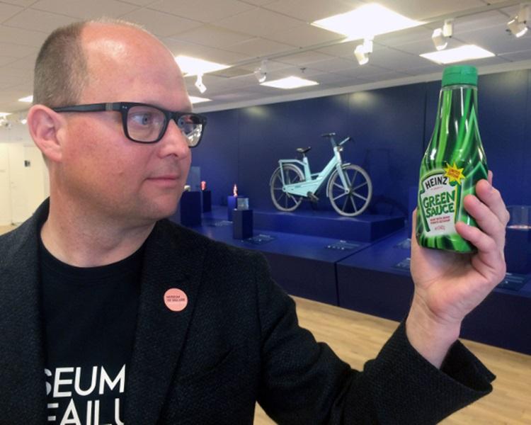 创办人威斯特(Samuel West)及美国亨氏(Heinz)绿色番茄酱。