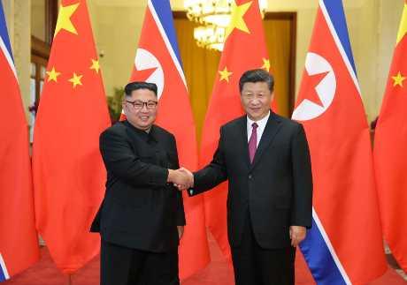 (左起)金正恩有望與習近平舉行的第四次峰會。AP