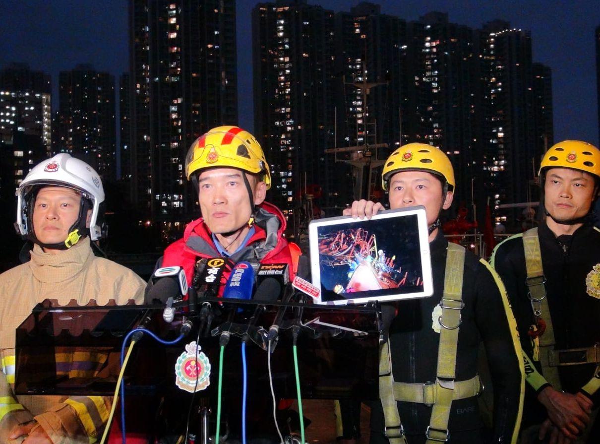 消防於運油輪搜索失蹤船員暫未有發現。