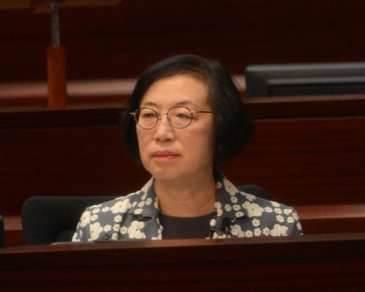 食物及衛生局局長陳肇始。資料圖片