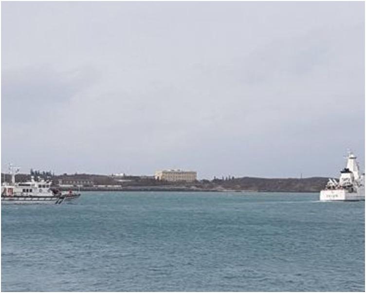 湖海巡隊將大陸漁船驅離運搬船越界。