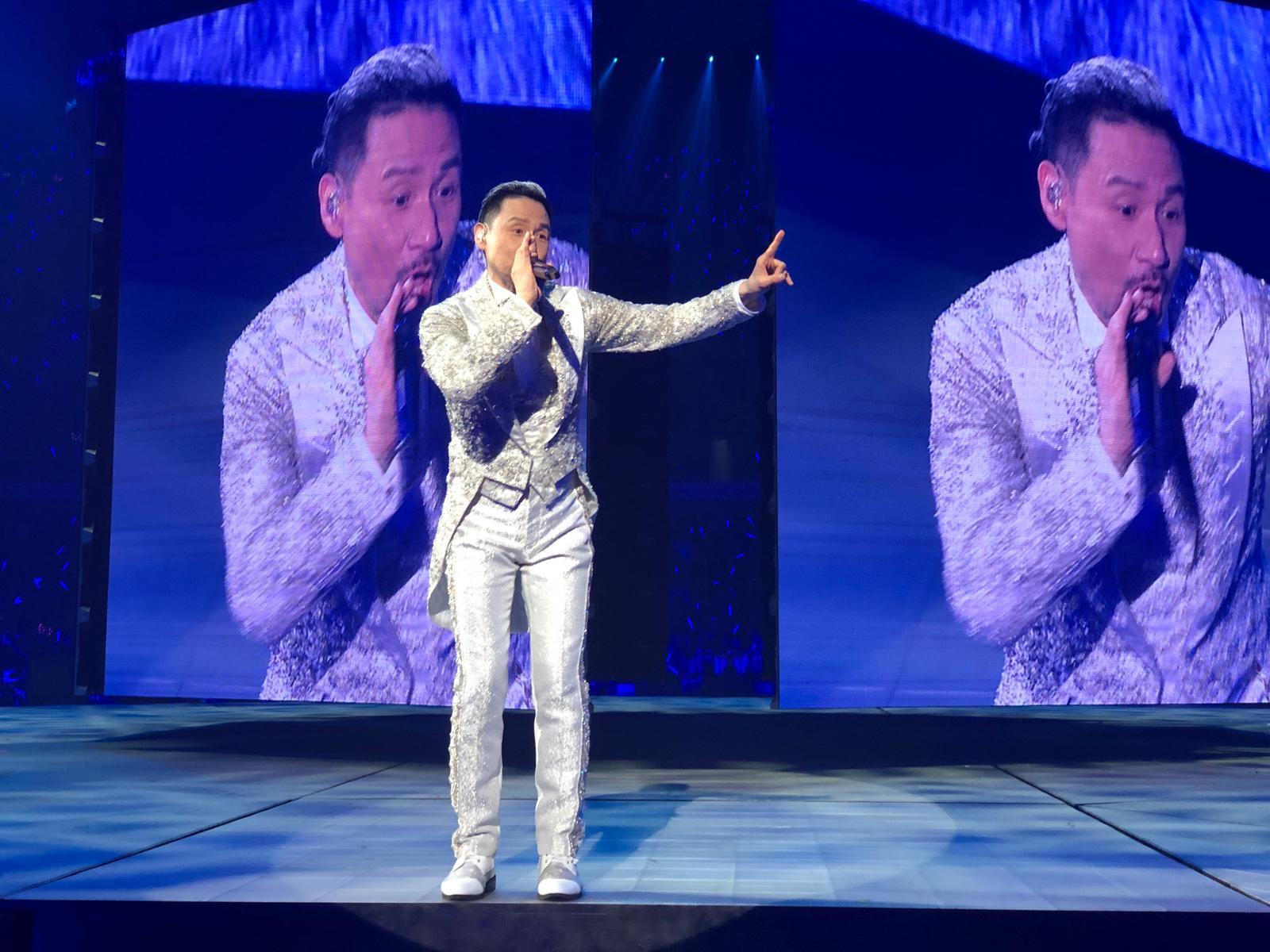 學友成為舉行最多場次演唱會的華人歌手。