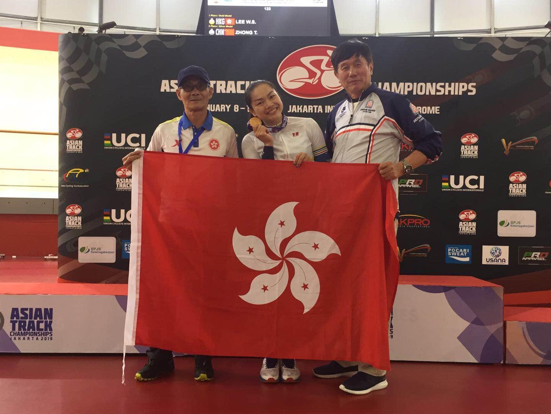 李慧詩為港隊取下今屆亞錦賽港隊首面成人組賽事金牌。 相片由單車隊提供