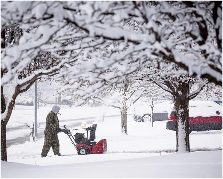 大暴風雪影響多個州份。AP