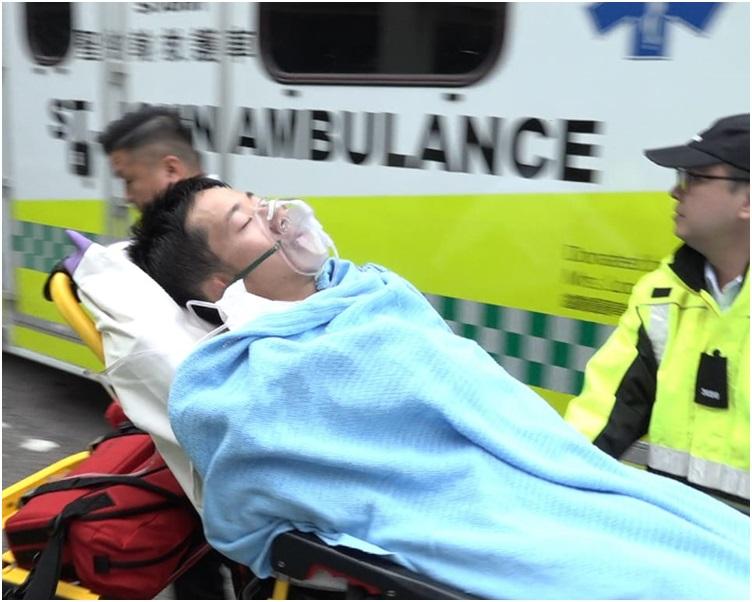 23歲跑手陷入半昏迷,送伊利沙伯醫院搶救。