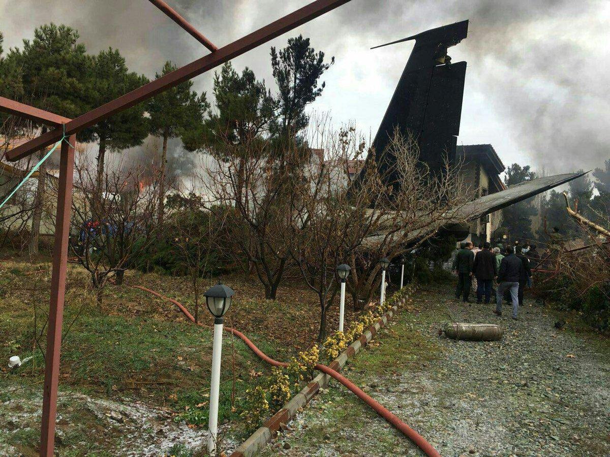 德黑兰货机坠毁。网上图片
