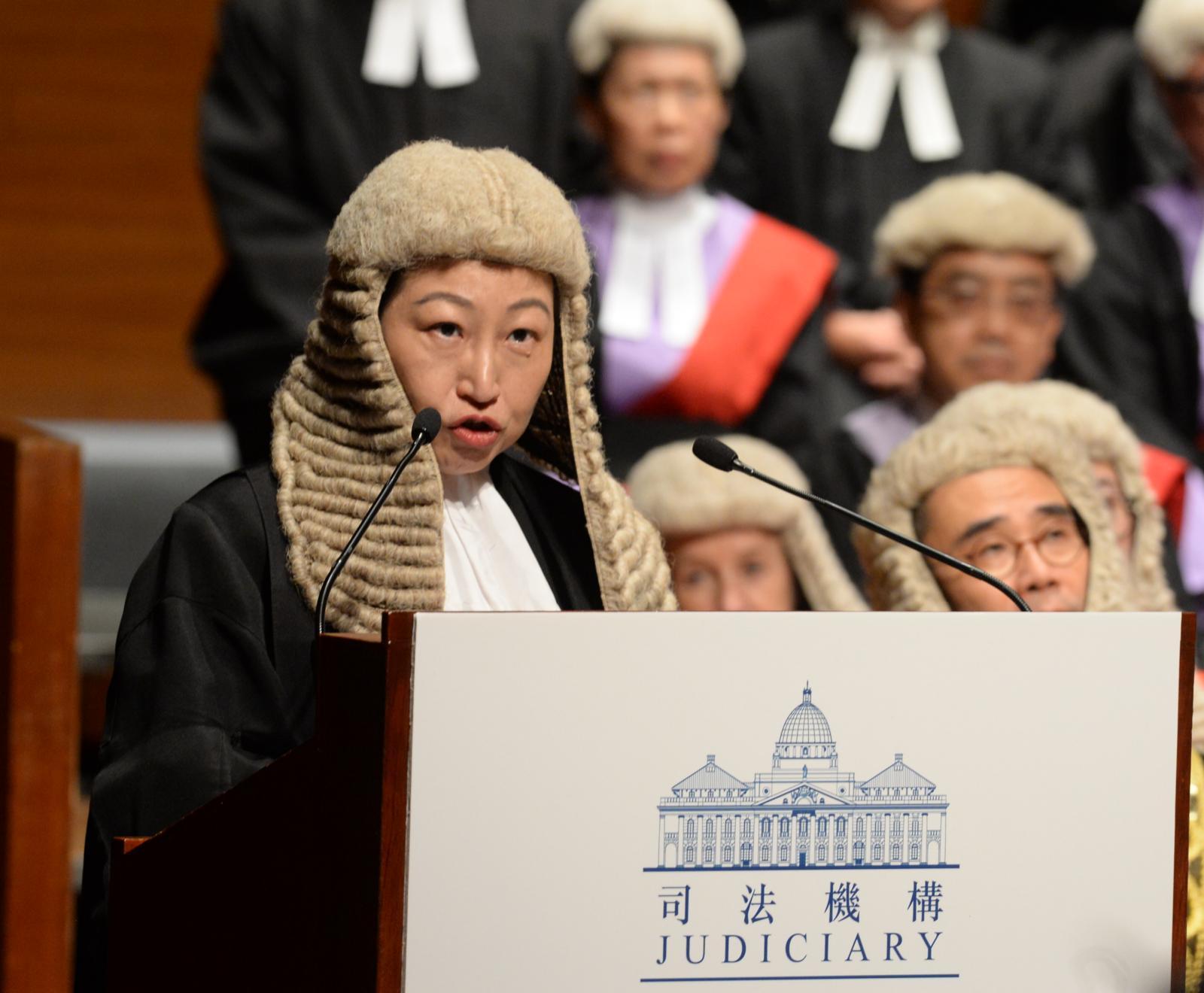 郑若骅:不能容忍无理肆意抨击、甚至恶意中伤某些法官。