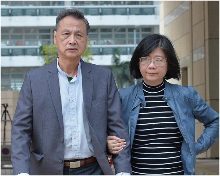 吴卓谕家人听裁决后离开死因庭。