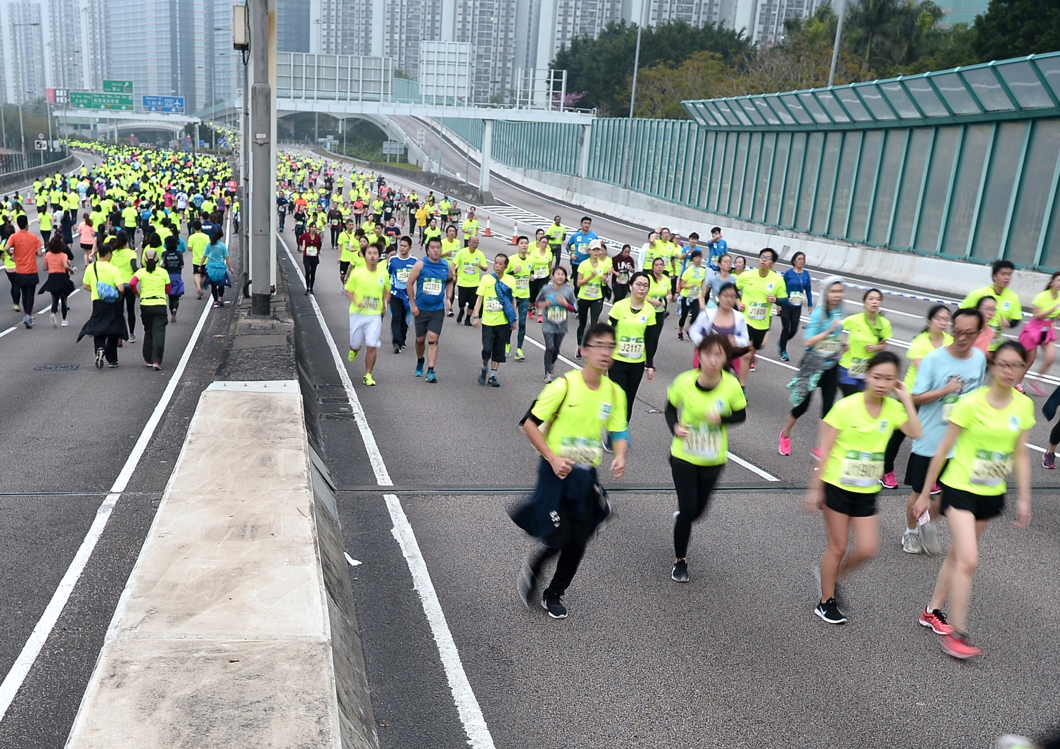 马拉松大会今年增设安全提示。资料图片