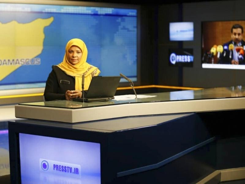 伊朗國營電視台稱,他們一名美籍新聞女主播回美國探親時,被聯邦調查局人員拘捕。AP